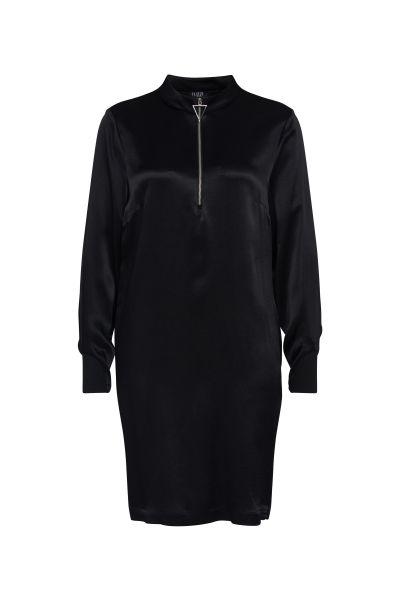 Kleid Essentials mit regulierbarem Ausschnitt