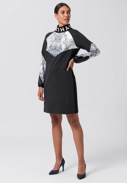 Kleid SPICY LIME mit hohem Kragen